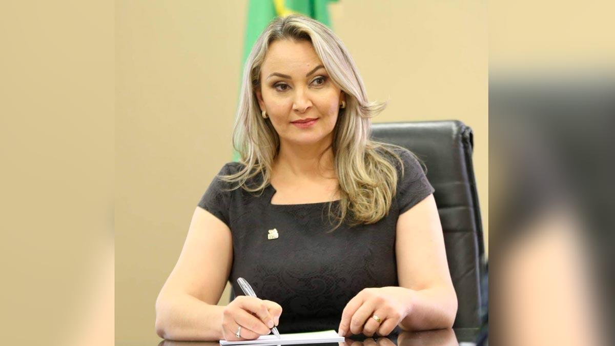 Daniela Reinehr - governadora interina